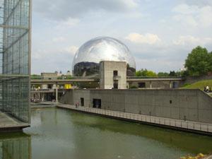 Like the movie Sphere