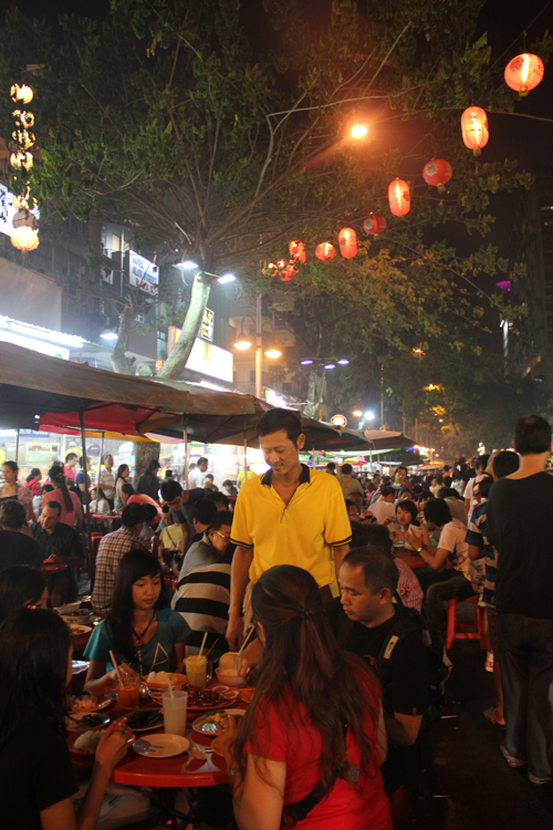 Packed on Jalan Alor